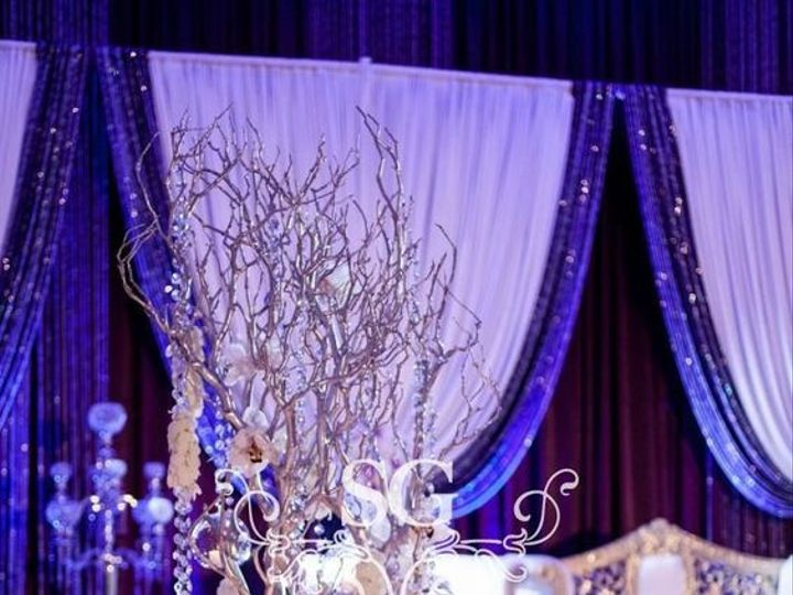 Tmx 1536594908 8def00ea7e0b80ad 1536594907 A1f9c36f95d19537 1536594899900 8 New Years Wedding Bloomfield, NJ wedding florist