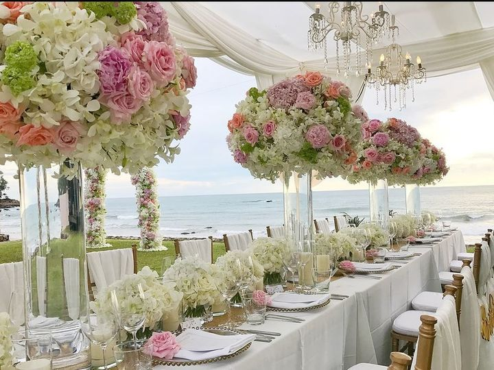 Tmx 1536713818 E4e03f7c92a41cc1 1536713817 3ecfad3c76965eeb 1536713807583 1 Beach Wedding Bloomfield, NJ wedding florist