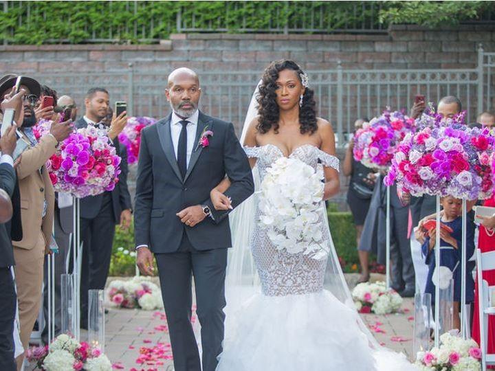 Tmx Yvan And Melissa6 51 996295 158636629857133 Bloomfield, NJ wedding florist