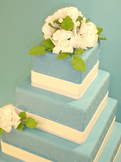 A big hit at Wedding Cake Online! Love at first sight...