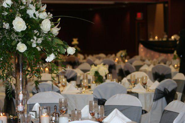 beautiful reception table setting