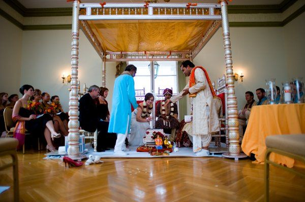 Hindu/Lutheran wedding ceremony at Oxon Hill Manor. Joseph Allen Photography.