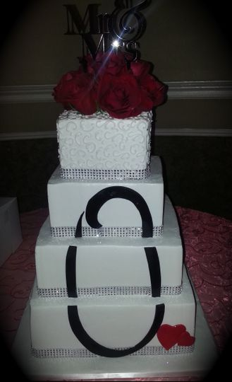 Uniquely monogrammed wedding cake