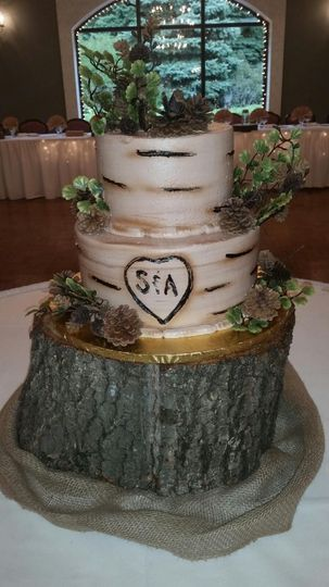 Birch wood wedding cake