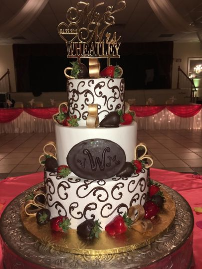 Strawberries and chocolate wedding cake