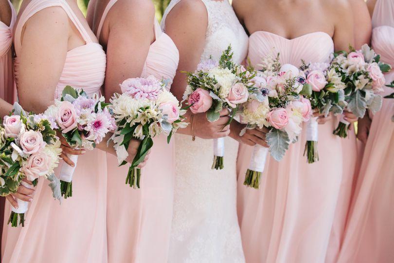 blushing blooms floral design flowers prince frederick md weddingwire. Black Bedroom Furniture Sets. Home Design Ideas