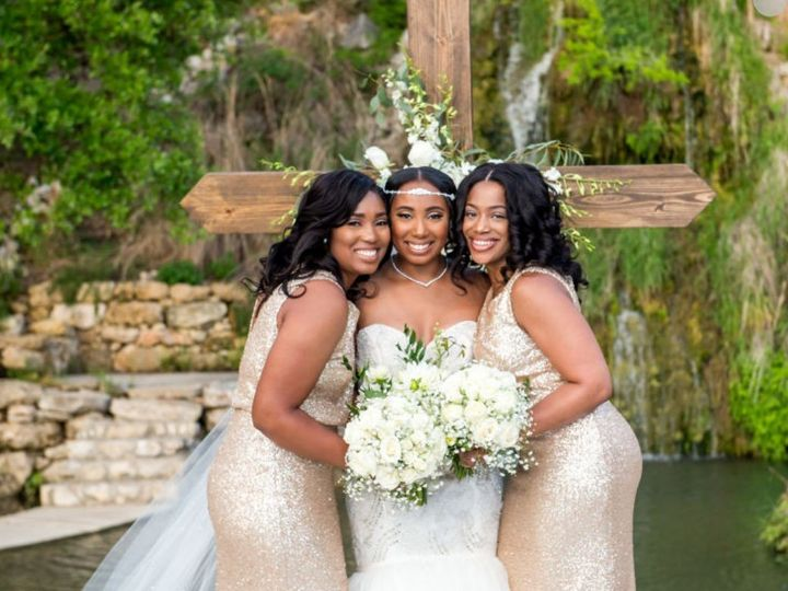 Tmx Bride With Bridesmaids 51 614395 159358960167283 East Hartford, CT wedding planner