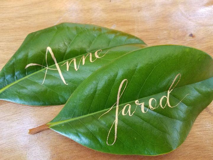 Magnolia leaf place cards