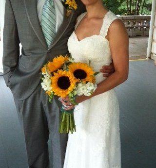 Tmx 1347245043067 Sunflowerswhitestocksnapsveronica Baltimore, MD wedding florist