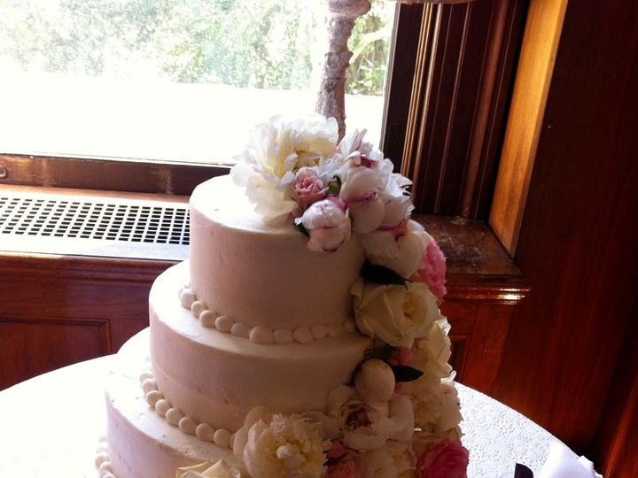 Tmx 1455377072343 Cascade On Cake Peonies Roses Baltimore, MD wedding florist