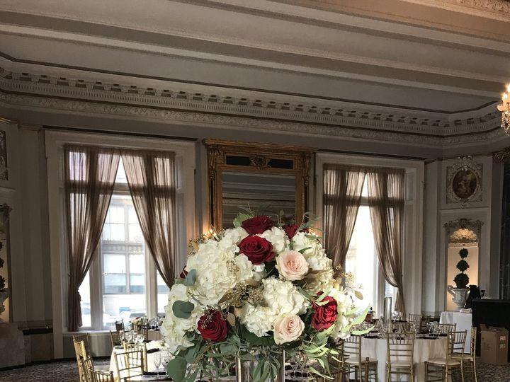 Tmx Belvedere Tall Rd Rose Silver Dollar Euch Gold Seeded Euch Sahara 51 146395 Baltimore, MD wedding florist