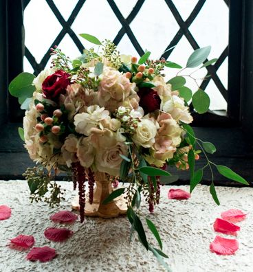 Tmx Low Sahara Burgundy Black Magic Rose Seeded Euch Peach Stock Seeded Euch Gold Compote Centerpiece 51 146395 Baltimore, MD wedding florist