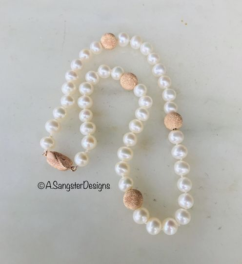 Cultured+Rose Gold Pearls