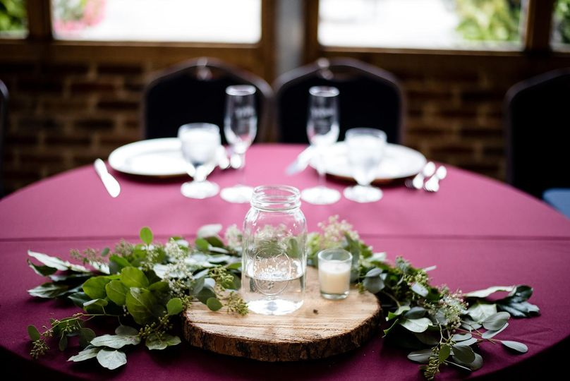 Head table ready for bouquet