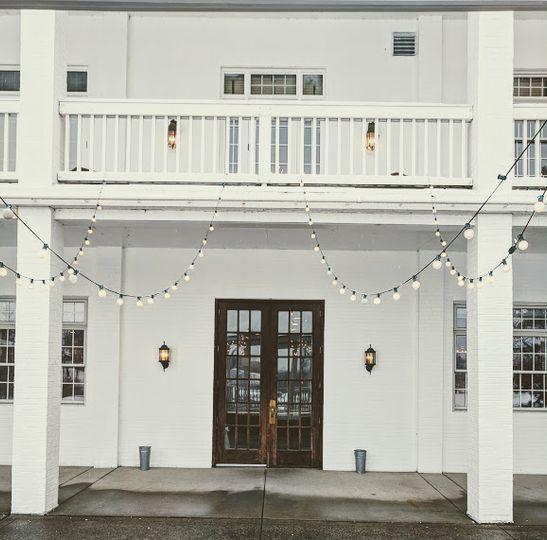 Snowy Winter Weddings