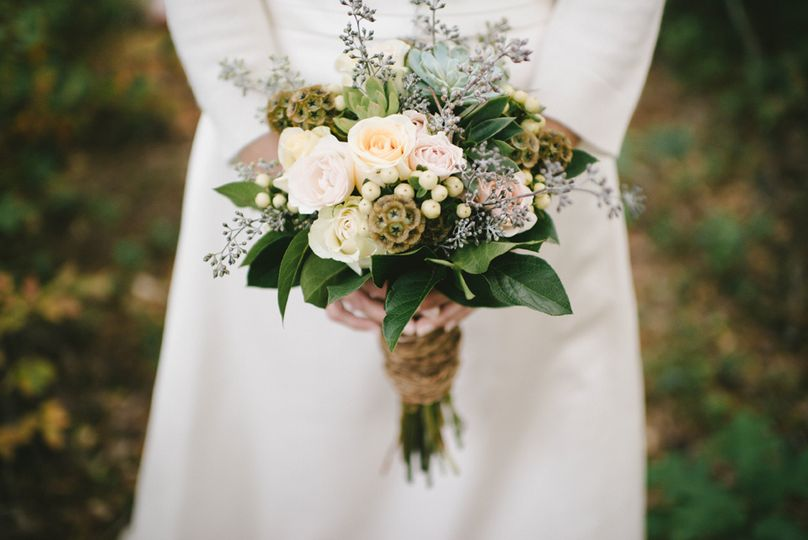 361d5d3be14615e1 wedding bouquet 2 1