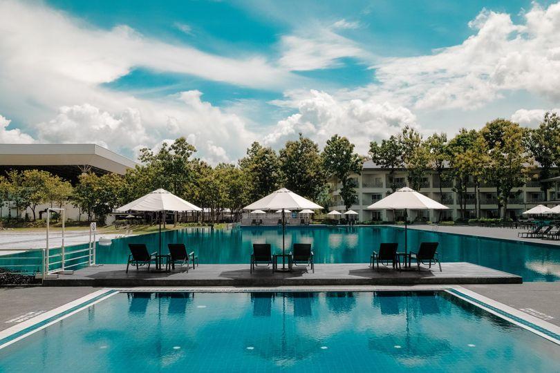 Amazing pool views