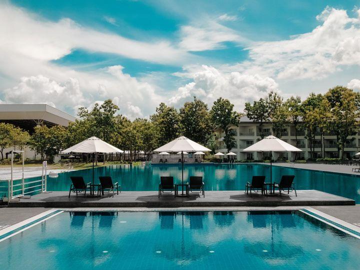 Tmx Resort Pool 51 1022495 Carmel, Indiana wedding travel