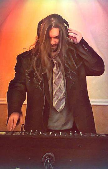 DJ huffin n puff