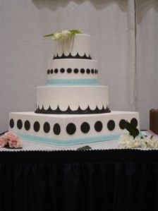 Tmx 1422635626601 W24 Tulsa, Oklahoma wedding cake