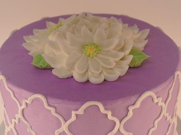 Tmx 1483990084818 Quadrafoil2 Tulsa, Oklahoma wedding cake