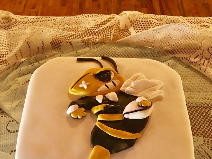 Tmx Img 0661 51 994495 159597735155271 Dickinson, TX wedding cake