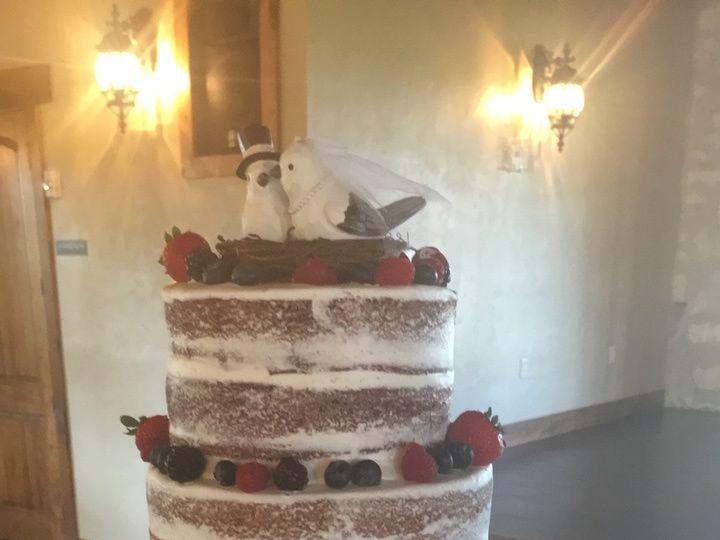 Tmx Img 2443 51 994495 159597734727960 Dickinson, TX wedding cake