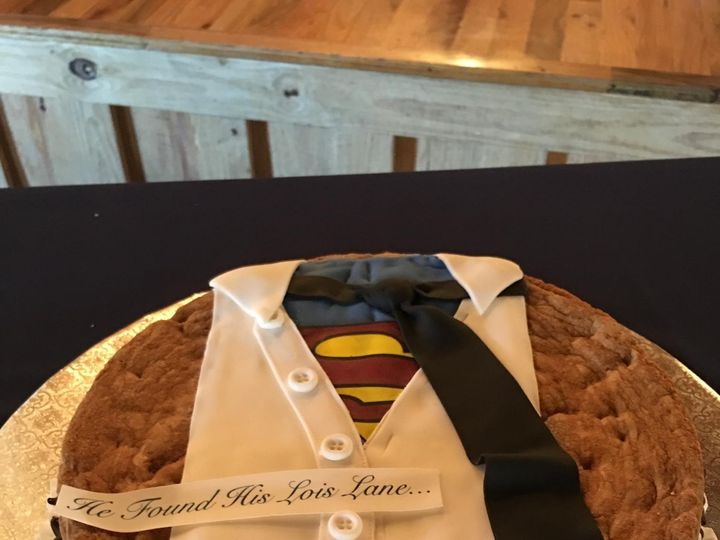 Tmx Img 3046 51 994495 159597734579425 Dickinson, TX wedding cake