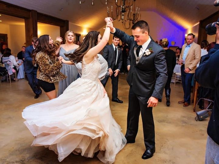 Tmx Img 6405 51 1066495 159794178242941 Carriere, MS wedding venue