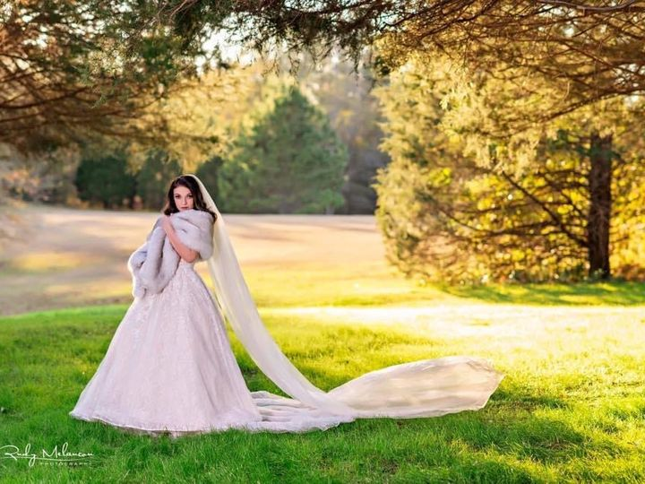 Tmx Img 7325 51 1066495 159794178377103 Carriere, MS wedding venue
