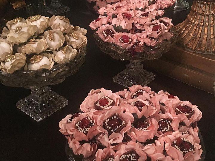 Tmx 44279949 895852730600787 89271539492454400 O 51 1038495 Framingham, MA wedding cake
