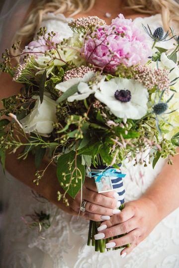 Bride's bouquet | Danette Pascarello Photography