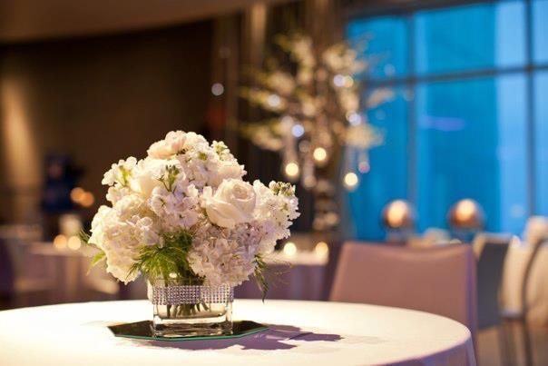 Floral centerpiece | Jessica Erb Photography
