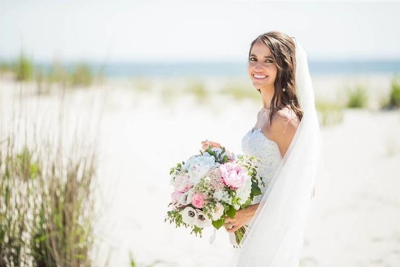 Bride by the beach |  Kaitlin Noel Photography