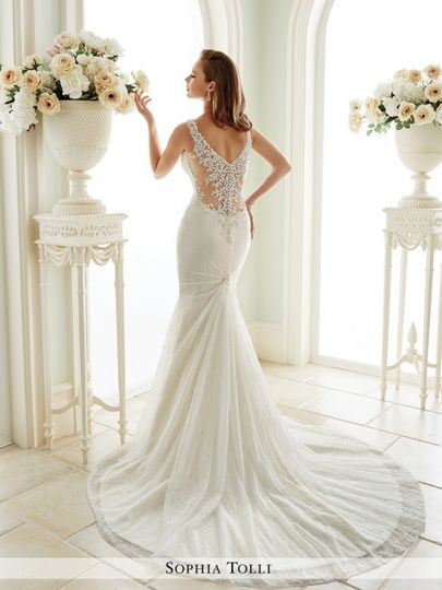 800x800 1469746564554 y21669bkweddingdresses20171 510x680
