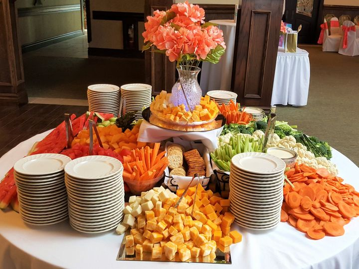 Tmx 1521038767 Cb646ed2308c8c5a 1521038764 47e5f91a2b32a407 1521038731016 26 Veggie Display 2 Roseville wedding catering