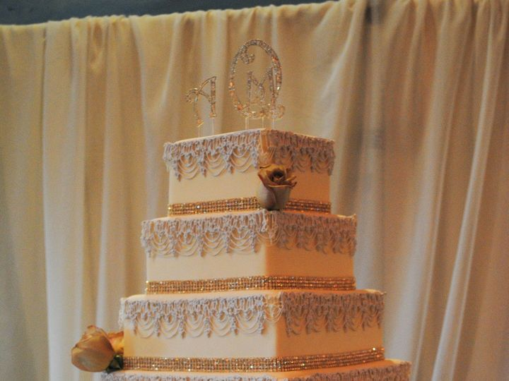 Tmx 1394260418199 Com1106111 Fresno wedding cake