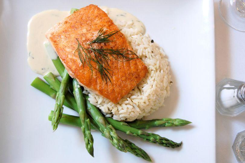 Chardonnay dill salmon