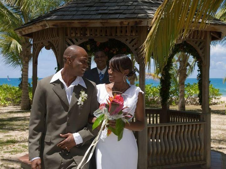 Tmx 1394665935398 Galleybayresortandspaweddingscoupleatgazeeb Wellington wedding travel