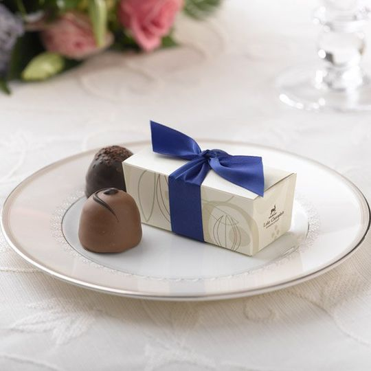 Cocoa Pod Favor Box - Cobalt Blue Ribbon