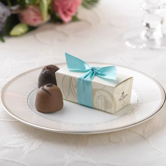 Cocoa Pod Favor Box - Light Turquoise Ribbon