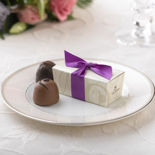 Cocoa Pod Favor Box - Purple Ribbon