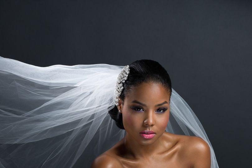 Mia Farah Beautique - Hair & Makeup by Mia