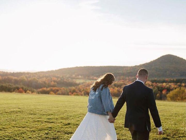 Tmx Octoberwedding2 51 1926595 160977248625436 Milton, VT wedding venue