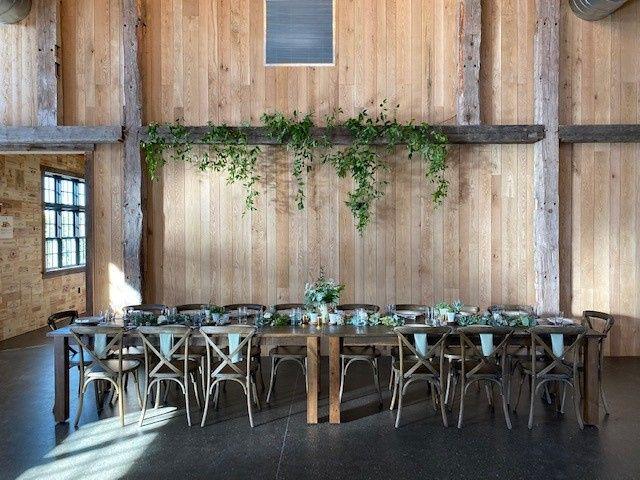 Tmx Weddingtable2 51 1926595 160761326354113 Milton, VT wedding venue