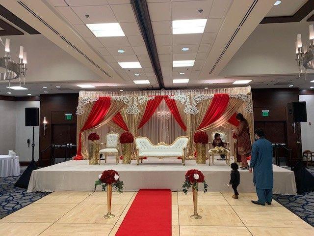 Tmx Ballroom Red Bench 51 137595 162041356059823 Bellevue, WA wedding venue