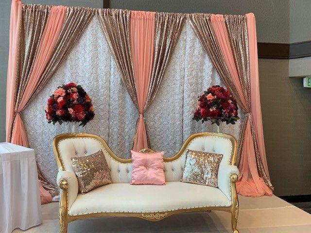 Tmx Skyview Peach Bench 51 137595 162041344776959 Bellevue, WA wedding venue
