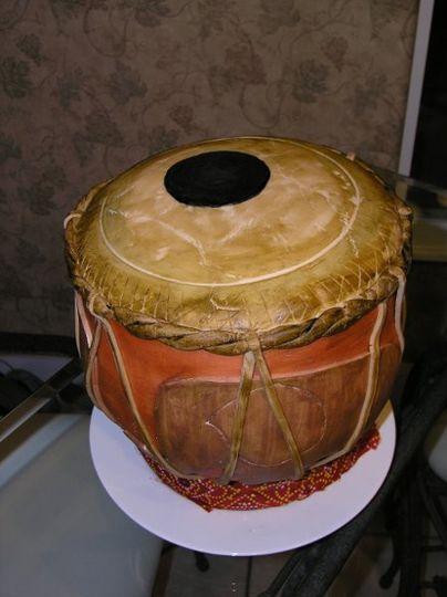 Fondant cake shaped like a Tabla (traditional Indian drum)