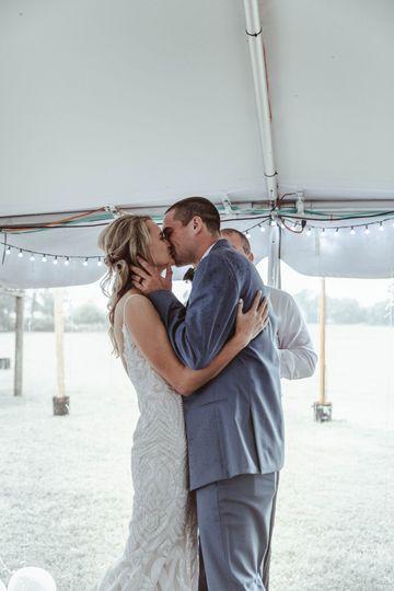 A kiss that seals