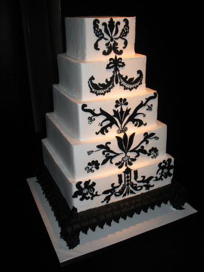 Black and white cake pattern